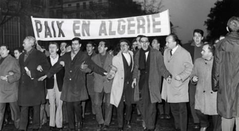 """Massacres du 17 octobre 1961 : L'élysée parle """"d'événements"""""""