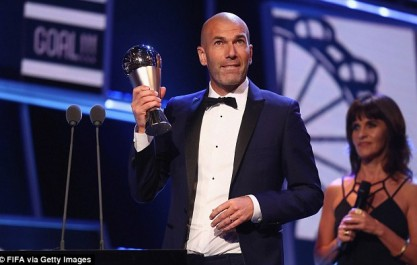 Zidane : «C'est un plaisir d'être nommé auprès d'Antonio et Massimiliano»