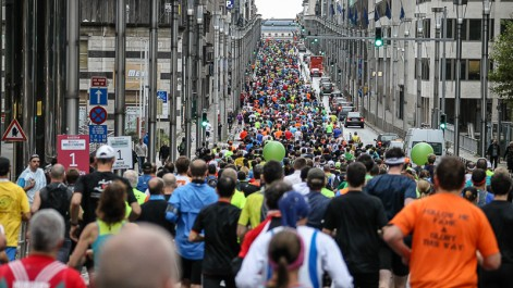 Au marathon de Bruxelles, le gagnant remporte 1000€, la gagnante… 300€ Face à la polémique, le principal sponsor a finalement accordé les mêmes primes aux deux vainqueurs