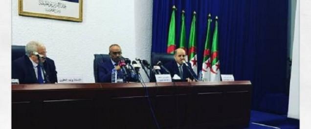 """Le vote par voie électronique """"fera son entrée en Algérie en 2022"""""""