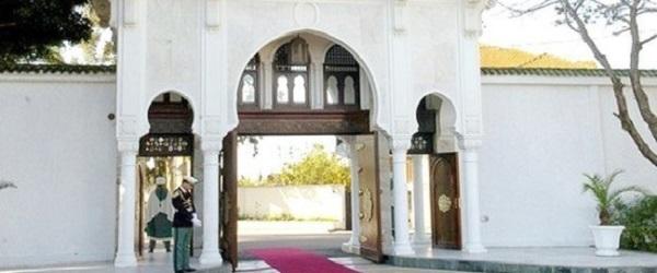 Pour la Présidence, l'arabe est l'unique langue officielle et l'autoroute Est-ouest sera achevée en 2010