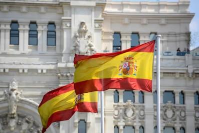 Après s'être emparé de l'argent de la campagne : Un candidat FNA arrive clandestinement en Espagne