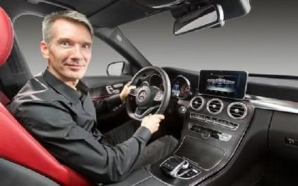 Hartmut Sinkwitz, Responsable du Design Intérieur Mercedes-Benz : « La nouvelle Classe A a une approche très avant-gardiste »