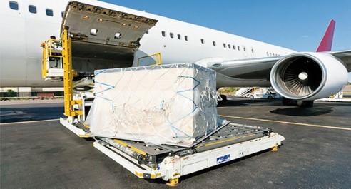 Transport maritime et aérien : Ouverture de l'activité du fret au privé