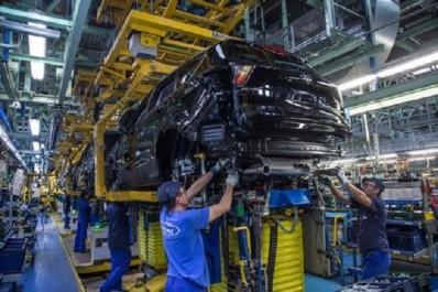 Industrie automobile : Ford va investir 750 millions d'euros pour produire la prochaine génération de Kuga
