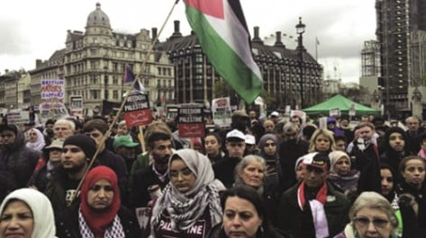 Des milliers de manifestants réclament égalité et justice pour la Palestine