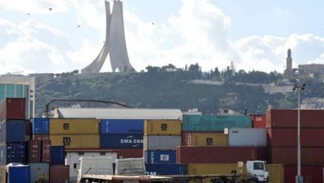 Les licences d'importation ont induit une baisse d'activité de : 20 À 30% Les ports commerciaux «suffoquent»