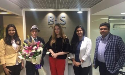 L'Ambassade d'Algérie en Inde signe un contrat avec le prestataire de visas BLS