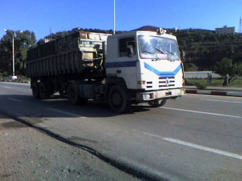 Jijel: Interdiction des camions de grand tonnage
