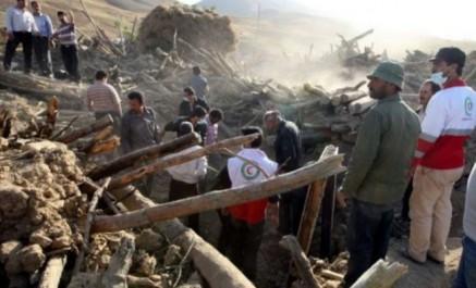 Séisme en Iran: le bilan s'élève à 433 morts