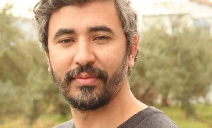 """Un journaliste algérien se dit menacé , lui et sa famille , """"AVEC DES ARMES"""""""