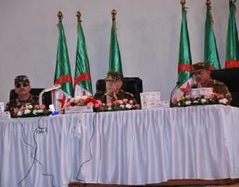 Gaid salah l'a déclaré hier à djelfa : «L'ANP restera à l'abri des surenchères politiciennes»