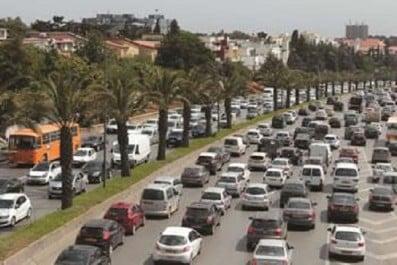 """40 Projets pour mettre fin aux embouteillages : Alger sera prochainement """"libérée"""""""
