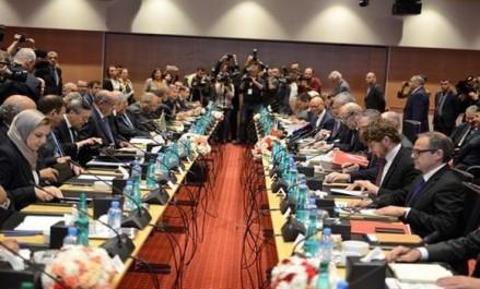 Comité économique mixte algéro-français: début des travaux à Alger