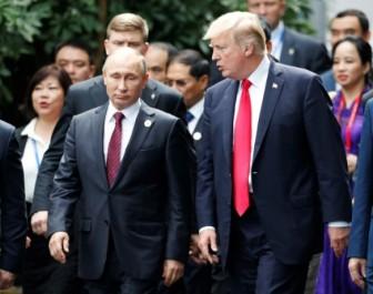 Trump et Poutine: «pas de solution militaire» en Syrie