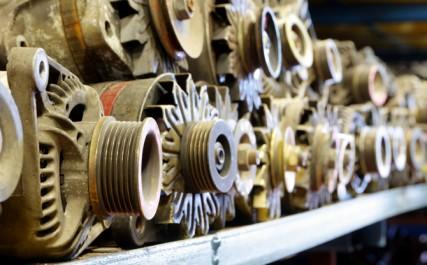 Tébessa: Saisie de moteurs, de pièces de rechange et de cuivre