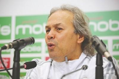 L'Association des journalistes sportifs algériens réagit au dérapage de Rabah Madjer