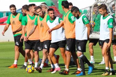 Real Betis : Boudebouz et Mandi dans la liste des convoqués face à Eibar