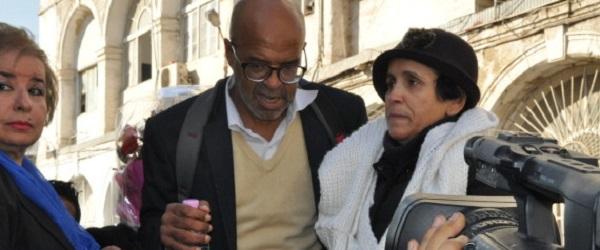 Fatiguée mais largement soutenue, Hadda Hazem arrête sa grève de la faim