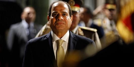 Attentat en Egypte: Le Président Bouteflika présente ses condoléances à al-Sissi