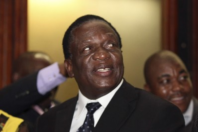 Zimbabwe : Mnangagwa succède à Mugabe