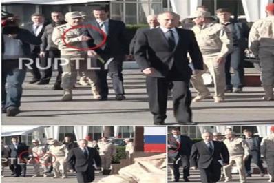 Un soldat russe empêche El Assad d'avancer avec Poutine