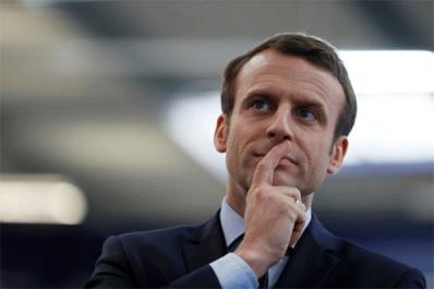 """Macron: """"La France ne va pas reconnaître ses crimes"""""""