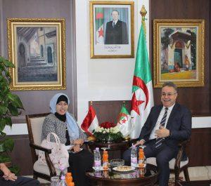 Algérie-Indonésie: les moyens de coopération dans les domaines de l'habitat et l'urbanisme examinés à Alger