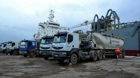 Exportation par l'Algérie d'un premier chargement de ciment gris vers l'Afrique