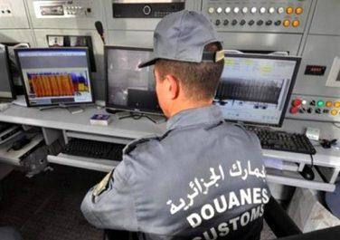 Injecteurs pour véhicules, friperie, cigarettes, chocolat…: Saisie d'importantes quantités de marchandises au port d'Oran
