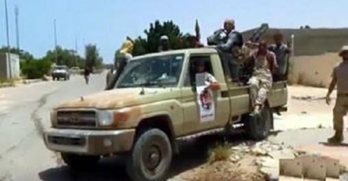 Selon des sources militaires libyennes , Daesh achemine des convois vers syrte : Les incertitudes de la paix