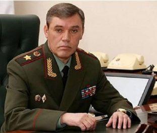 Le chef d'état-major russe dénonce un redéploiement de en libye : Gerasimov persiste et signe