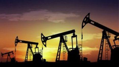 Le pétrole termine la semaine au-dessus des 63 dollars à londres : La Chine rebat les cartes