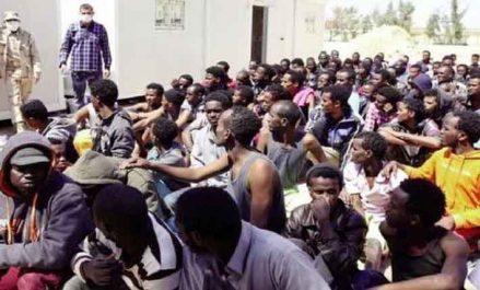 Libye : Al-Sarraj et Le Drian discutent de la migration clandestine
