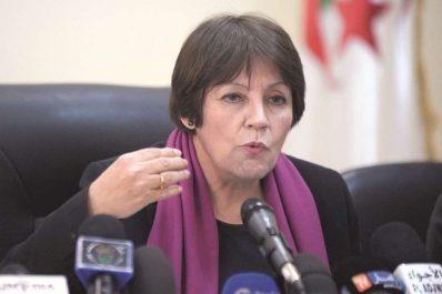 Nouria Benghabrit : l'enseignement de Tamazight sera élargi à 10 autres wilayas et bénéficiera de 300 nouveaux postes budgétaires