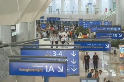 Aéroport d'Alger: 14 000 comprimés de viagra saisis sur un Algérien en provenance de Dubaï
