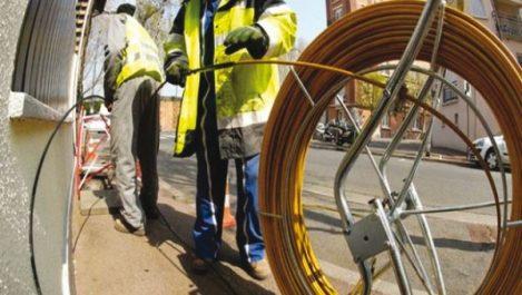 Djelfa : Lancement des travaux de 2 projets de connexion en fibre optique