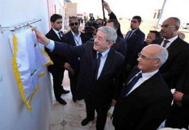 M. Ouyahia lance plusieurs projets énergétiques et industriels à Adrar