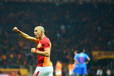 Galatasaray : Feghouli passeur pour la première de Fatih Terim (Vidéo)