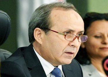 Le ministre de la santé en visite à Cuba pour la signature d'accords visant à exporter du pétrole en échange de service de santé cubains