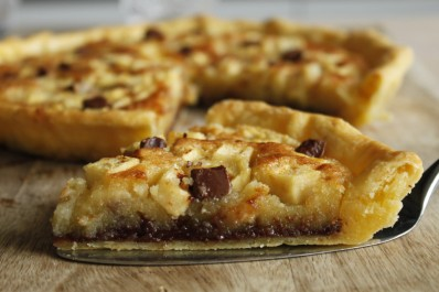 Tarte pommes, amandes et chocolat