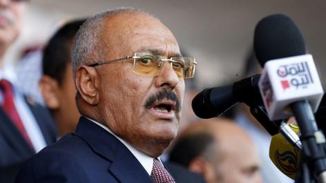 Yémen : des médias houthis annoncent la mort de l'ex-président Saleh, son parti dément