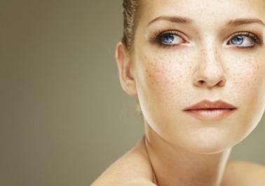 Masque naturel anti-taches brunes