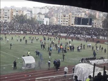 Ligue 2 Mobilis : Envahissement de terrain et interruption du match entre JSM Skikda et GC Mascara