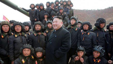 Corée du Nord: Mattis veut maintenir la pression