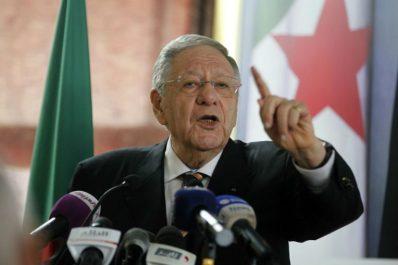 Ould abbès réagit après les explications de la présidence : «Une décision souveraine et rigoureuse»