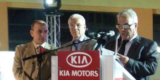 Achaibou ancien concessionnaire automobile accuse l'ex-ministre  Bouchouareb