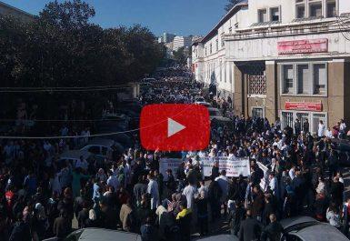 Vidéo- Des centaines de médecins résidents rassemblés à l'hôpital Mustapha