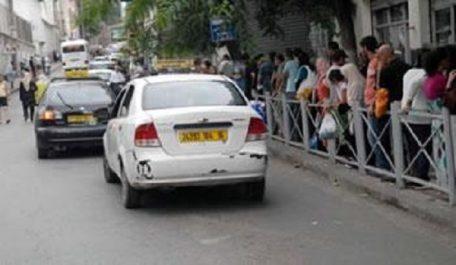 Augmentation du prix du carburant : Les chauffeurs de taxi dans l'expectative