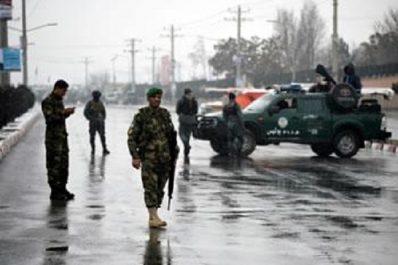 5 ASSAILLANTS ATTAQUENT L'ACADÉMIE MILITAIRE AFGHANE Un changement brutal de stratégie
